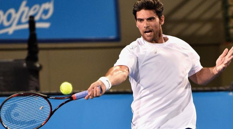 Philippoussis' father accused of child abuse