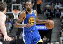 Kevin Durant shines as Curry is out